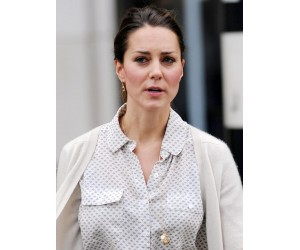 spotted-on-kate-middleton-1-300x250