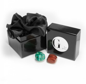 Petite boîte - pochette - pierres